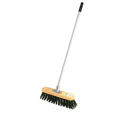 Image for Essentials Bassine Garden Broom from StoreName