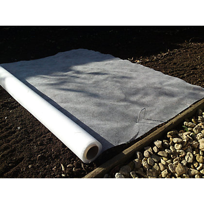 Image for Apollo Plant Protection Fleece Roll - 16 x 1m from StoreName