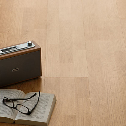 Image for Avon 3 Strip Laminate Flooring - 2.92sq m per pack from StoreName