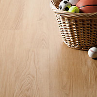 Homebase Golden Oak Laminate Flooring - 2.99 sq m per pack
