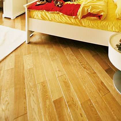 Image for Hanbury Solid Wood Oak Flooring - 1.4 sq m from StoreName