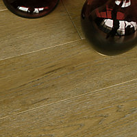 Hatton Solid Wood Oak Flooring - 1.40 sq m