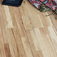 Windsor Brushed Solid Wood Oak Flooring - 1.15 sq m