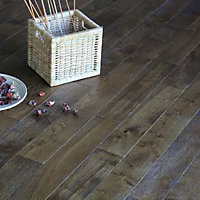 Southern Solid Wood Oak Flooring - 1.15 sq m