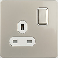 Schneider Electric 13A Single Switched Single-Pole Socket Outlet - Pearl Nickel