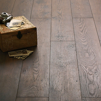 Image for Schreiber Laminate Flooring Antique Chestnut - 1.73sq m per pack from StoreName