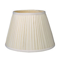 Round Knife Pleat Shade - Cream - 25cm