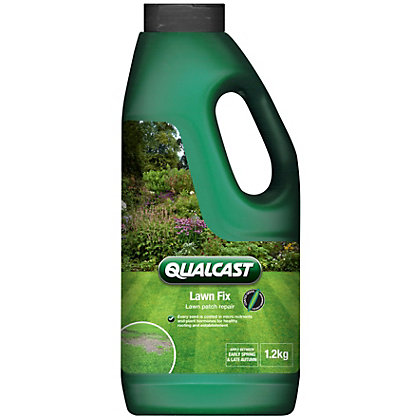 Image for Qualcast Lawn Fix Bottle - 1.2kg from StoreName