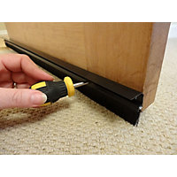 Stormguard Door Brush With Cover Clip - Black