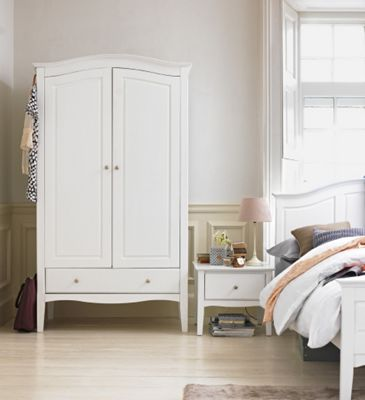 Curved White Bedroom Furniture