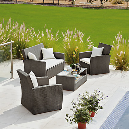 Rattan Effect 4 Seater Patio Set With Cushions Brown