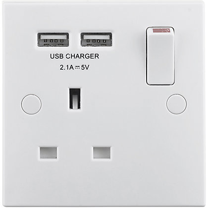 Image for Masterplug Single Socket with USB Charging - White Moulded - Square Edge from StoreName