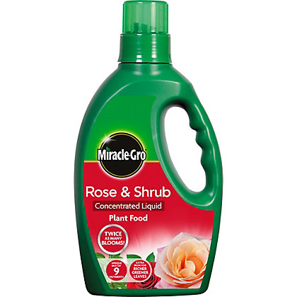Image for Miracle-Gro Rose and Shrub Concentrated Liquid Plant Food from StoreName