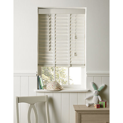 Image for Elliott White Wooden 50mm Venetian Blind - 120cm from StoreName