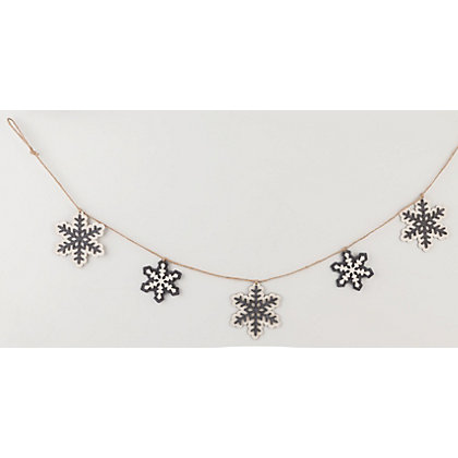 Image for Wooden Snowflake Christmas Garland from StoreName