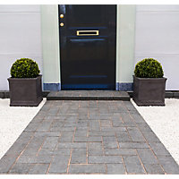 Stylish Stone Malvern Drive Paving - Charcoal
