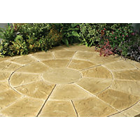 Stylish Stone Chantry Circle Kit 2.4m - York Gold