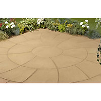 Stylish Stone Chantry Twist Circle 2.4m - York Gold