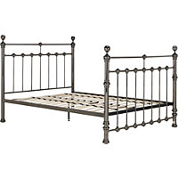 Schreiber Canford Nickle Double Bed