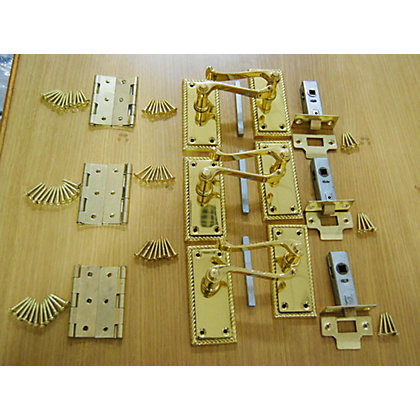 Image for Georgian Lever Latch Door Handle Pack - Polished Brass from StoreName
