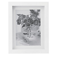 White Photo Frame - 5 x 7in