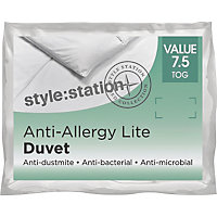Living Anti-bacterial 7.5 Tog Duvet - Kingsize.