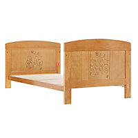 Disney Winnie the Pooh Country Cot Bed - Pine.